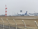 加藤龍臥さんが、高松空港で撮影した全日空 737-881の航空フォト(写真)