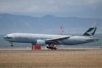 水月さんが、関西国際空港で撮影したキャセイパシフィック航空 777-267の航空フォト(写真)