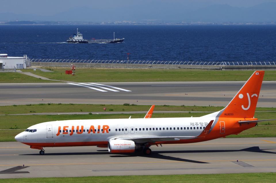 yabyanさんのチェジュ航空 Boeing 737-800 (HL8233) 航空フォト