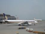 hachiさんが、香港国際空港で撮影したシンガポール航空 777-212/ERの航空フォト(写真)