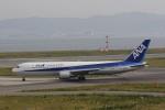 hiroki-JA8674さんが、関西国際空港で撮影した全日空 767-381/ERの航空フォト(写真)