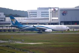 かみじょー。さんが、クアラルンプール国際空港で撮影したオマーン航空 A330-243の航空フォト(飛行機 写真・画像)