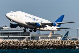 pinama9873さんが、中部国際空港で撮影したボーイング 747-409(LCF) Dreamlifterの航空フォト(飛行機 写真・画像)