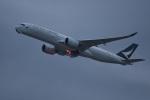 たっしーさんが、香港国際空港で撮影したキャセイパシフィック航空 A350-941XWBの航空フォト(写真)