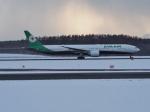 noshi2さんが、新千歳空港で撮影したエバー航空 777-35E/ERの航空フォト(写真)