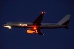 木人さんが、成田国際空港で撮影したアイスランド航空 757-27Bの航空フォト(写真)