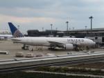 カップメーンさんが、成田国際空港で撮影したユナイテッド航空 777-224/ERの航空フォト(写真)