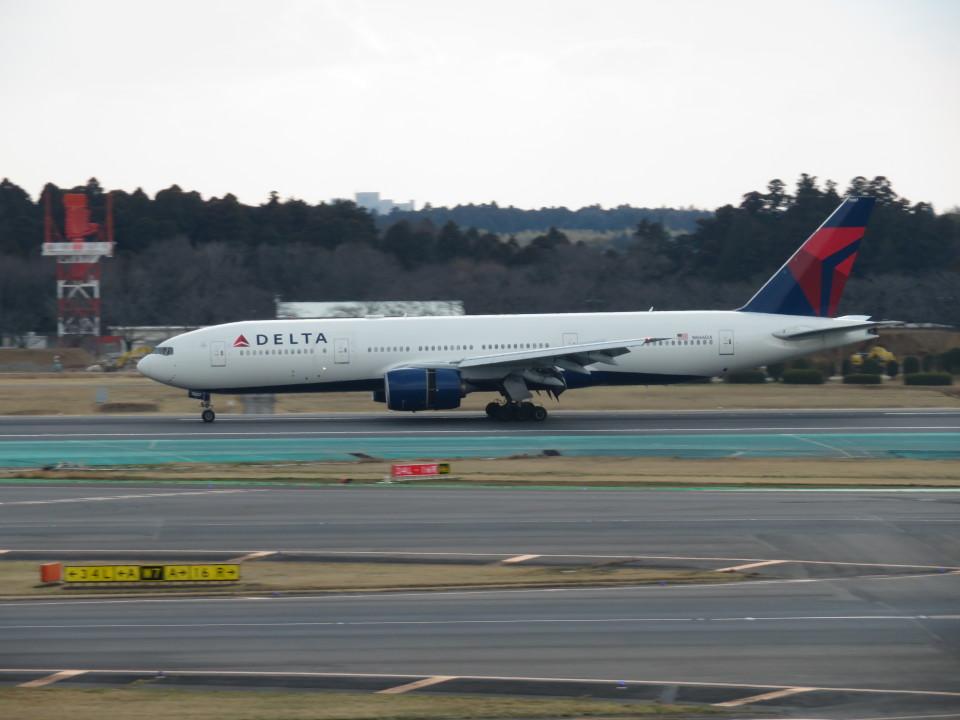 カップメーンさんのデルタ航空 Boeing 777-200 (N866DA) 航空フォト