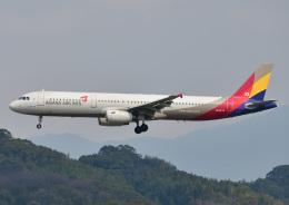 じーく。さんが、福岡空港で撮影したアシアナ航空 A321-231の航空フォト(写真)