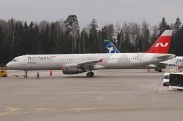 BTYUTAさんが、シェレメーチエヴォ国際空港で撮影したノードウィンド航空 A321-232の航空フォト(飛行機 写真・画像)