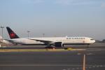 Kanatoさんが、羽田空港で撮影したエア・カナダ 777-333/ERの航空フォト(写真)
