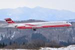 フリューゲルさんが、秋田空港で撮影した遠東航空 MD-83 (DC-9-83)の航空フォト(写真)