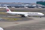 Timothyさんが、羽田空港で撮影した日本航空 777-346/ERの航空フォト(写真)