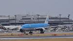 オキシドールさんが、成田国際空港で撮影したKLMオランダ航空 777-206/ERの航空フォト(写真)