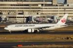 zettaishinさんが、羽田空港で撮影した日本航空 777-289の航空フォト(写真)