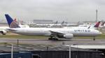 誘喜さんが、ロンドン・ヒースロー空港で撮影したユナイテッド航空 777-322/ERの航空フォト(写真)