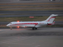 カップメーンさんが、羽田空港で撮影したエアアジア BD-700 Global Express/5000/6000の航空フォト(写真)