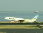 ツインオッターさんが、羽田空港で撮影したAIR DO 767-33A/ERの航空フォト(飛行機 写真・画像)