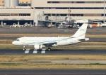 ハム太郎。さんが、羽田空港で撮影したグローバル・ジェット・ルクセンブルク A319-115CJの航空フォト(写真)