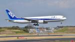 パンダさんが、成田国際空港で撮影した全日空 767-381の航空フォト(写真)