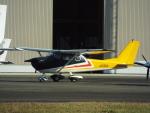 otromarkさんが、八尾空港で撮影した日本個人所有 172G Ramの航空フォト(写真)