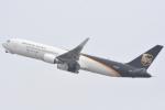 FLYING  HONU好きさんが、関西国際空港で撮影したUPS航空 767-34AF/ERの航空フォト(写真)
