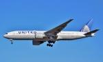 鉄バスさんが、成田国際空港で撮影したユナイテッド航空 777-224/ERの航空フォト(写真)