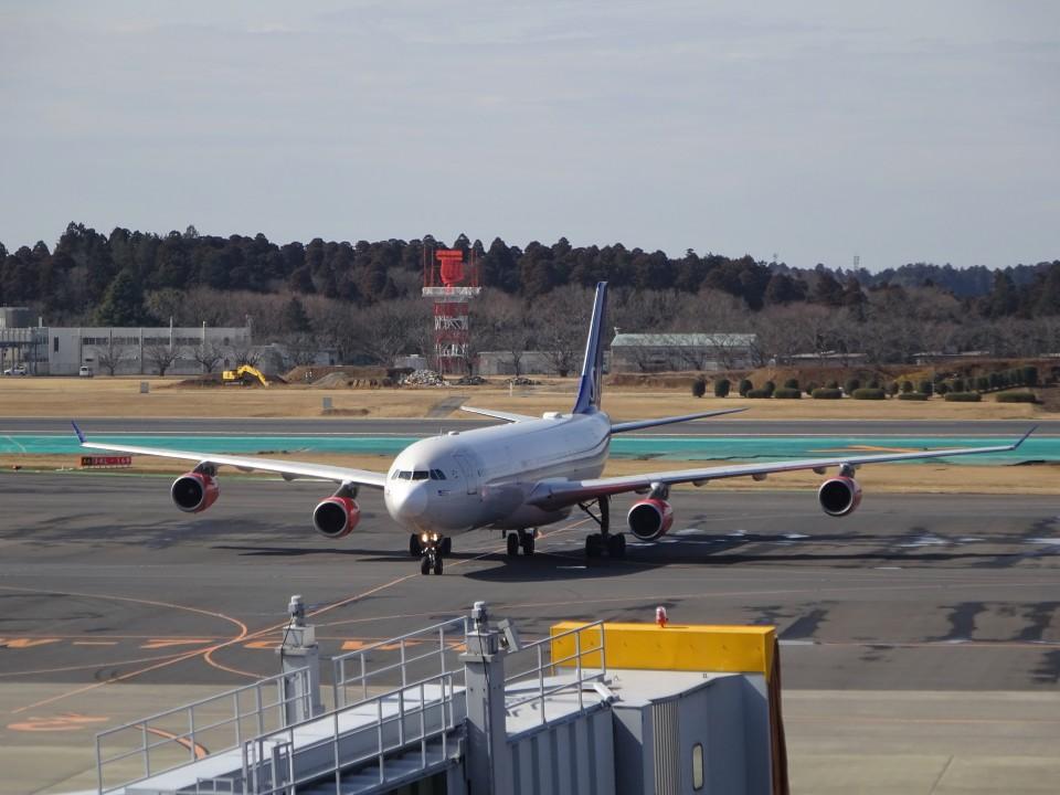 KAZFLYERさんのスカンジナビア航空 Airbus A340-300 (LN-RKG) 航空フォト