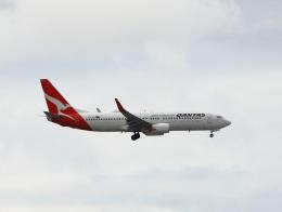 garrettさんが、シドニー国際空港で撮影したカンタス航空 737-838の航空フォト(飛行機 写真・画像)