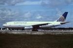 tassさんが、フォートローダーデール・ハリウッド国際空港で撮影したコンチネンタル航空 A300B4-203の航空フォト(飛行機 写真・画像)