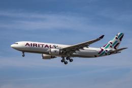 LAX Spotterさんが、ロサンゼルス国際空港で撮影したエア・イタリー A330-202の航空フォト(飛行機 写真・画像)
