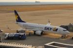 uhfxさんが、神戸空港で撮影したスカイマーク 737-86Nの航空フォト(飛行機 写真・画像)