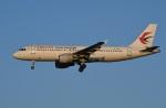 たっしーさんが、北京首都国際空港で撮影した中国東方航空 A320-214の航空フォト(写真)