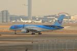 たまさんが、羽田空港で撮影したトゥイ・エアウェイズ 757-236の航空フォト(写真)