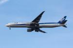 Koenig117さんが、ロンドン・ヒースロー空港で撮影した全日空 777-381/ERの航空フォト(写真)