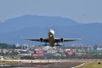 anyoziさんが、台北松山空港で撮影した全日空 767-381/ERの航空フォト(写真)