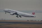神宮寺ももさんが、羽田空港で撮影した日本航空 777-289の航空フォト(写真)
