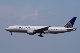 yabyanさんが、成田国際空港で撮影したユナイテッド航空 777-222/ERの航空フォト(写真)