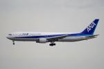 yabyanさんが、成田国際空港で撮影した全日空 767-381の航空フォト(飛行機 写真・画像)