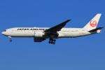 ★azusa★さんが、シンガポール・チャンギ国際空港で撮影した日本航空 777-246/ERの航空フォト(写真)