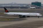 やつはしさんが、羽田空港で撮影したエア・カナダ 777-333/ERの航空フォト(写真)