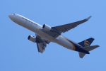 yabyanさんが、成田国際空港で撮影したUPS航空 767-34AF/ERの航空フォト(写真)
