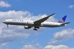 islandsさんが、成田国際空港で撮影したユナイテッド航空 777-322/ERの航空フォト(写真)