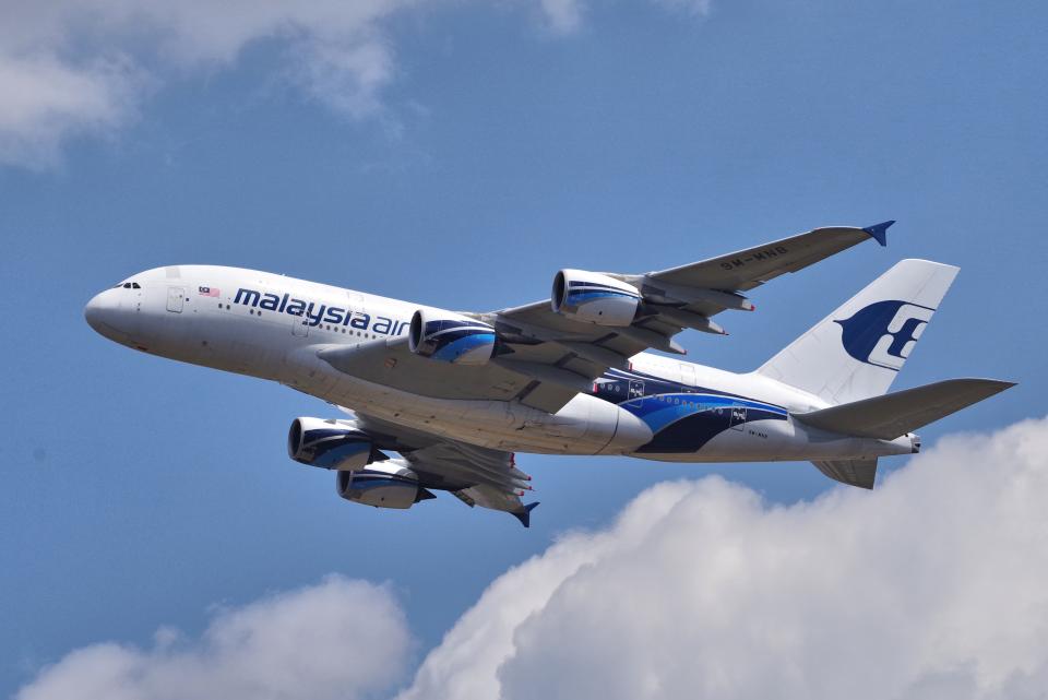 yabyanさんのマレーシア航空 Airbus A380 (9M-MNB) 航空フォト
