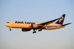 yabyanさんが、成田国際空港で撮影した全日空 767-381F/ERの航空フォト(飛行機 写真・画像)