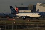 SIさんが、成田国際空港で撮影したデルタ航空 767-332/ERの航空フォト(写真)