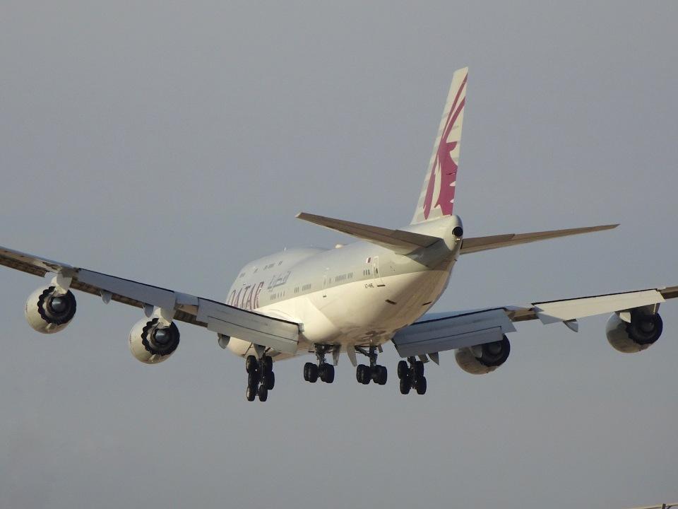 cornicheさんのカタールアミリフライト Boeing 747-8 (A7-HHE) 航空フォト