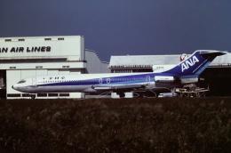 tassさんが、成田国際空港で撮影した全日空 727-281の航空フォト(写真)