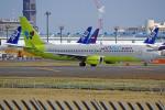 apphgさんが、成田国際空港で撮影したジンエアー 737-8SHの航空フォト(写真)