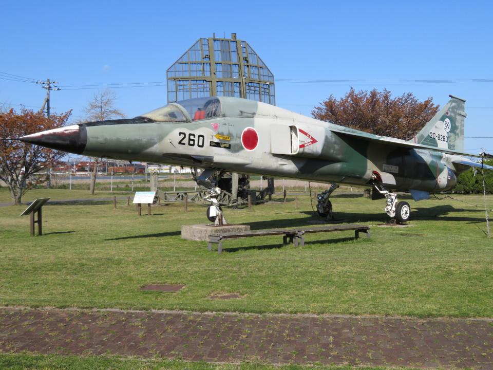 7915さんの航空自衛隊 Mitsubishi F-1 (20-8260) 航空フォト